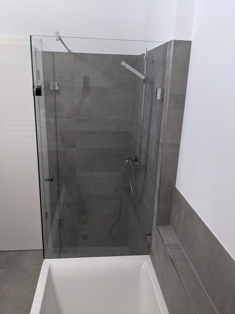 Duschkabine Badewannenanschluss seitlich